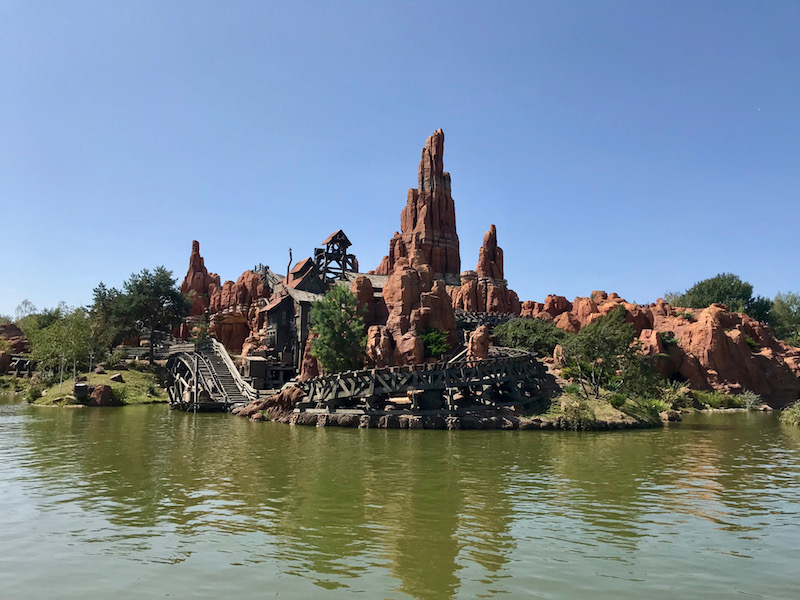 disneyland paris big thunder mountain.jpg