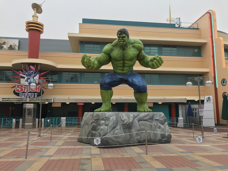 disneyland paris guide marvel.jpg