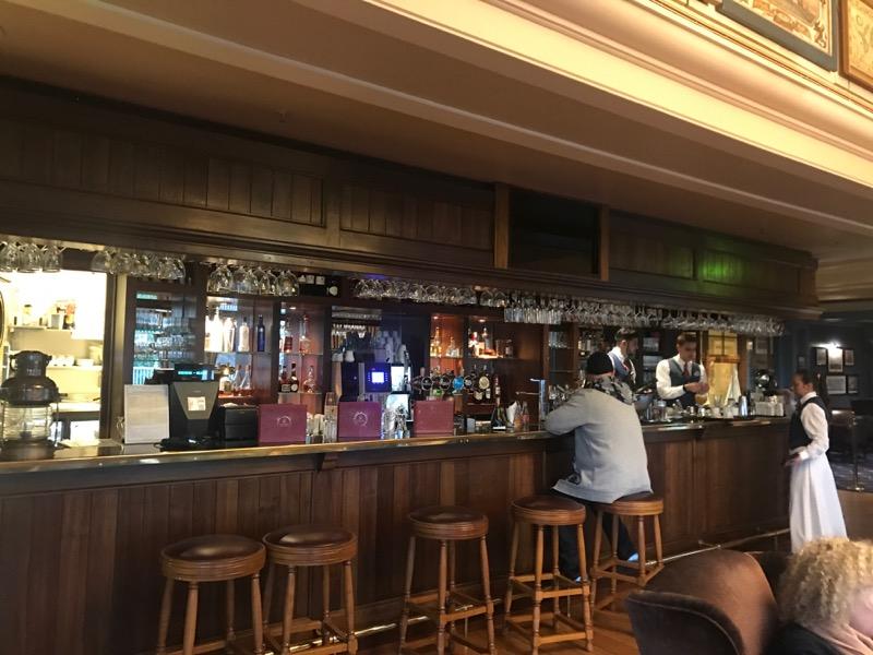 disneyland paris bars - captains quarters 3.jpg