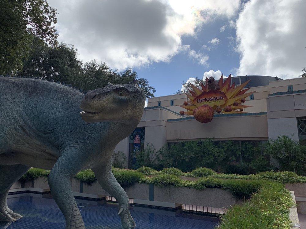 animal kingdom one day itinerary dinosaur.jpg