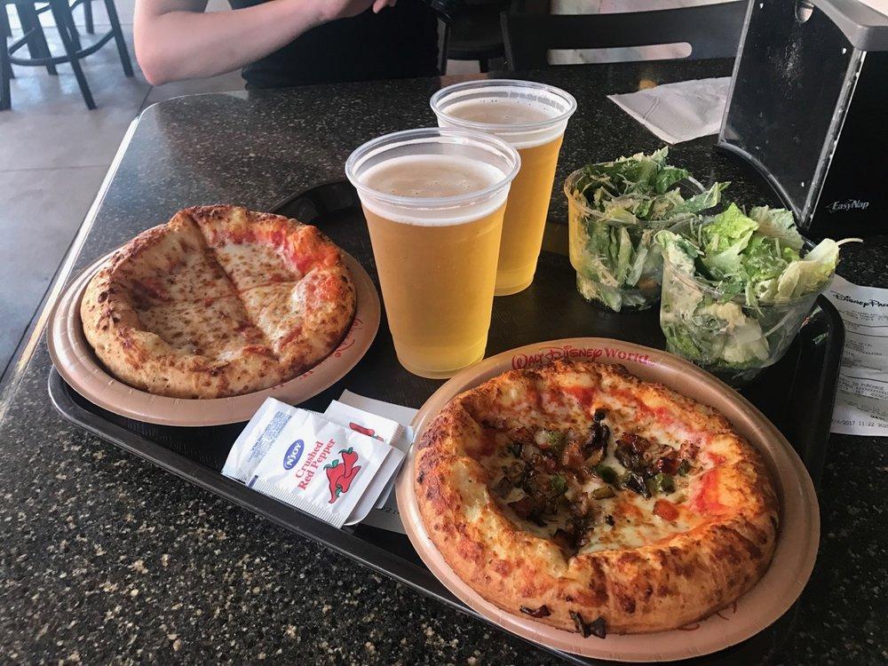 disney dining plan pizzerizzo meal.jpg