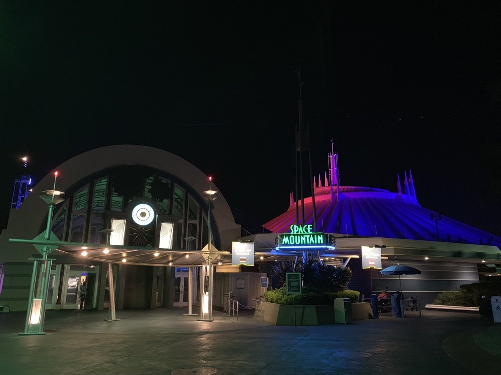 magic kingdom one day itinerary space night.jpg