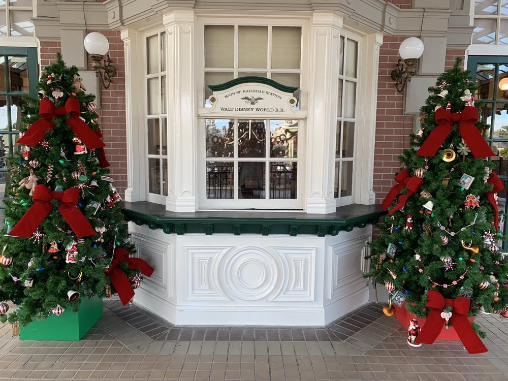 magic kingdom christmas railroad station.jpg