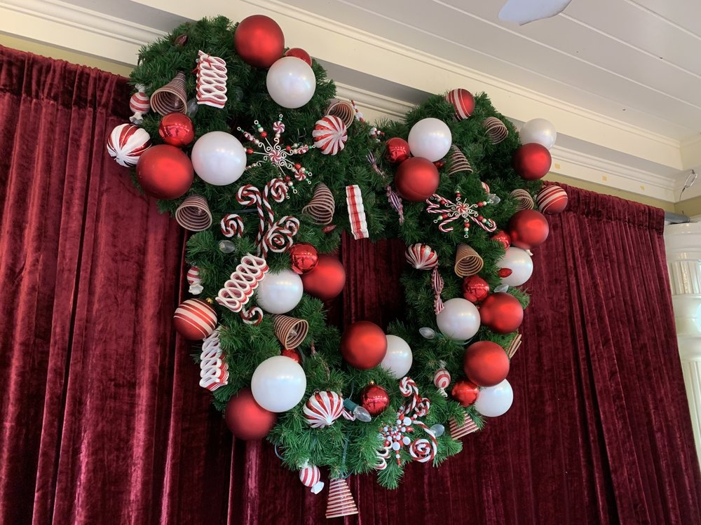 magic kingdom christmas wreath.jpg
