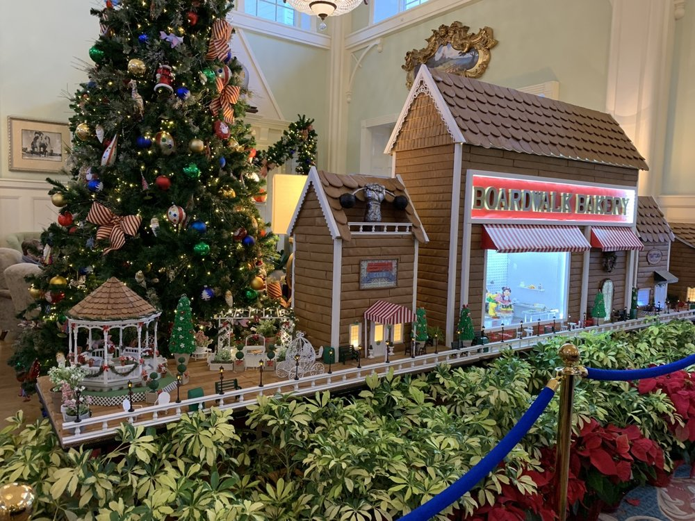 boardwalk inn gingerbread 1.jpeg