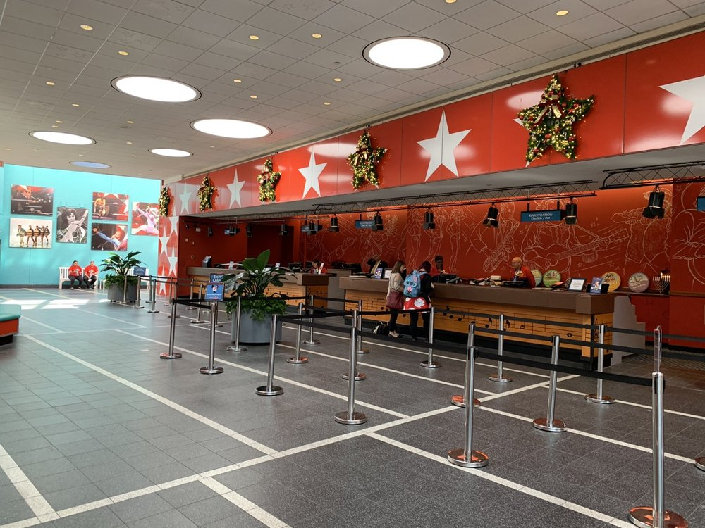 christmas at walt disney world all star music lobby.jpg