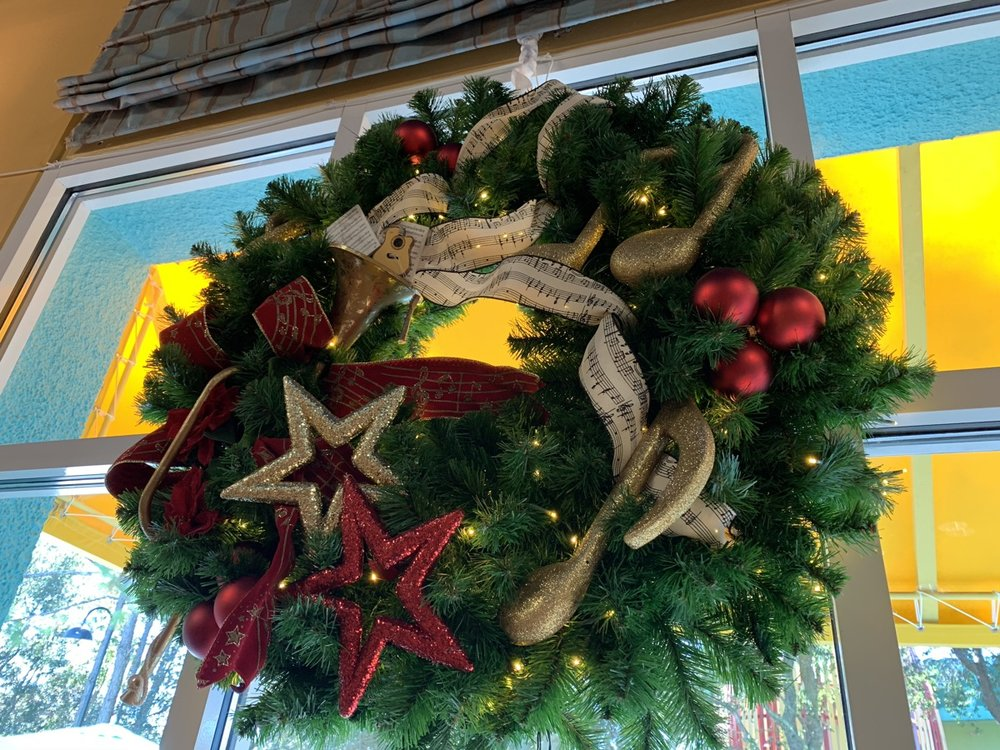 christmas at walt disney world all star music wreath 1.jpg