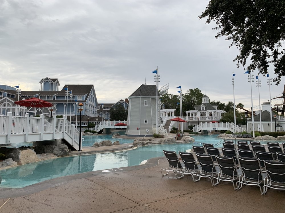 review of disneys yacht club resort stormalong bay 3.jpg