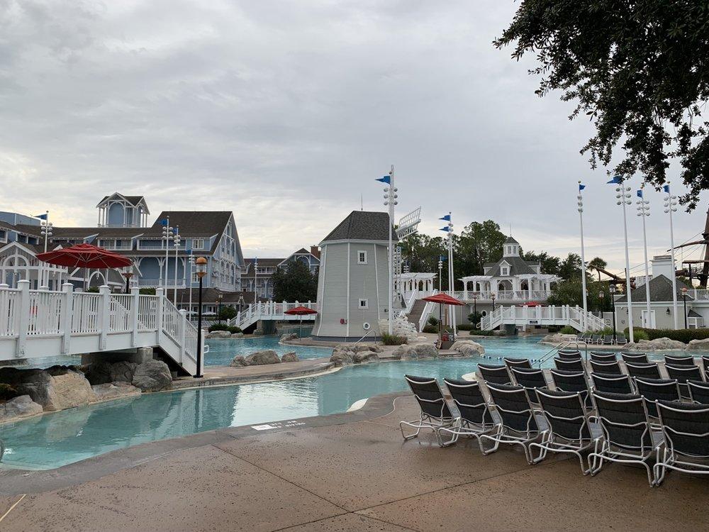review of disneys yacht club resort stormalong bay 3.jpg