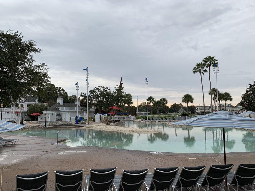 review of disneys yacht club resort stormalong bay 4.jpg
