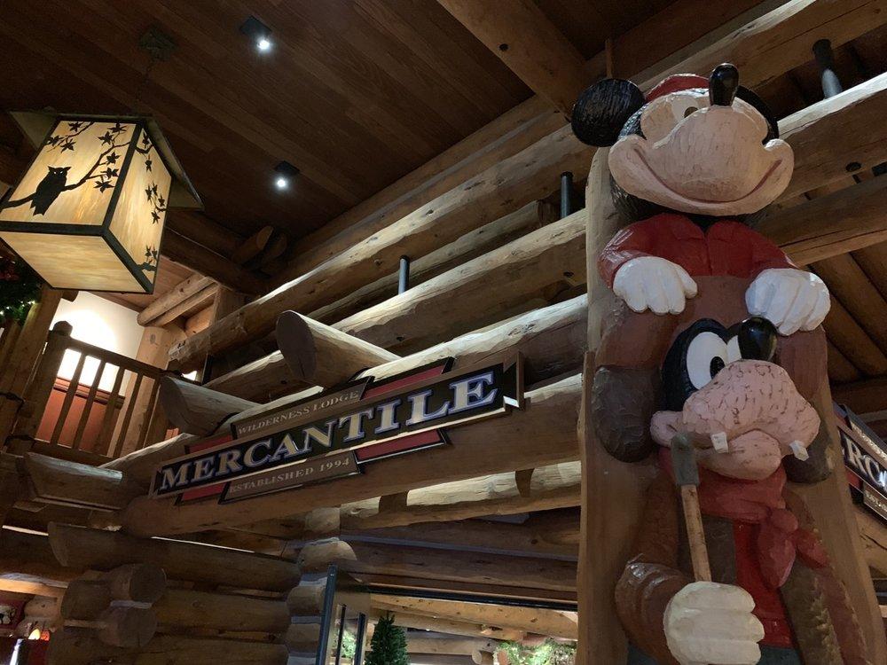 disneys wilderness lodge review lobby grounds 16.jpg