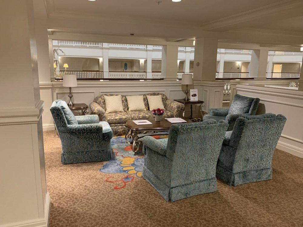 disney grand floridian royal palm club level review third floor 4.jpeg