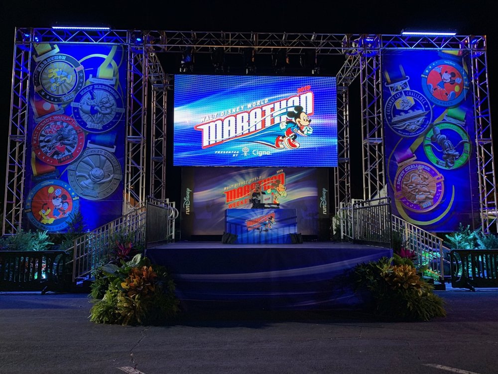 rundisney walt disney world marathon 2019 main stage.jpeg