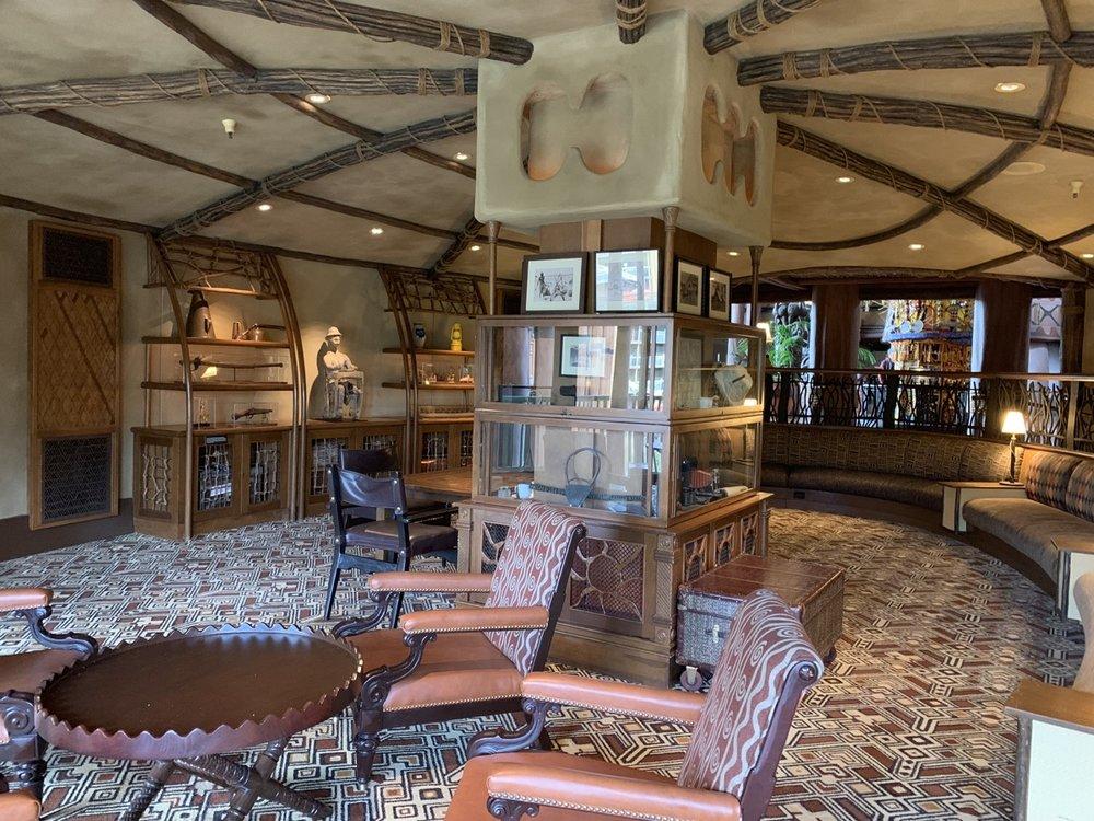 disney animal kingdom lodge review sunset lounge 3.jpeg
