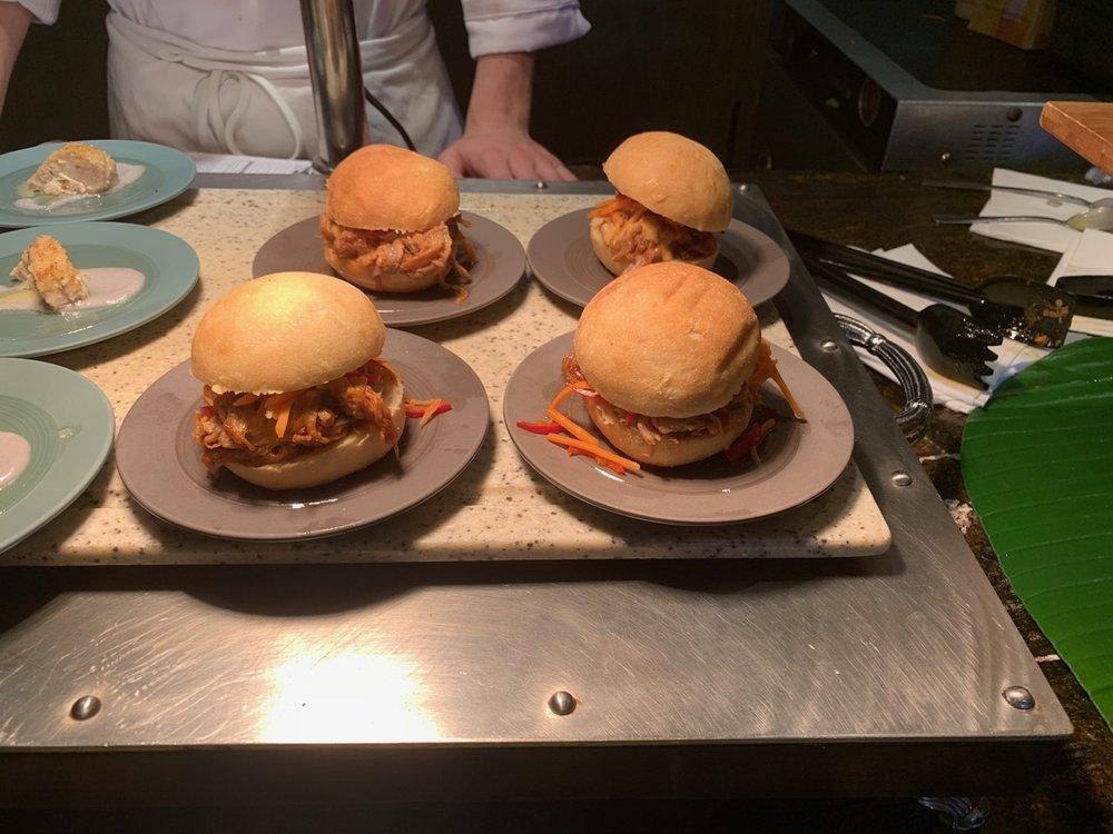 disney polynesian village king kamehameha club level review appetizers 5.jpeg