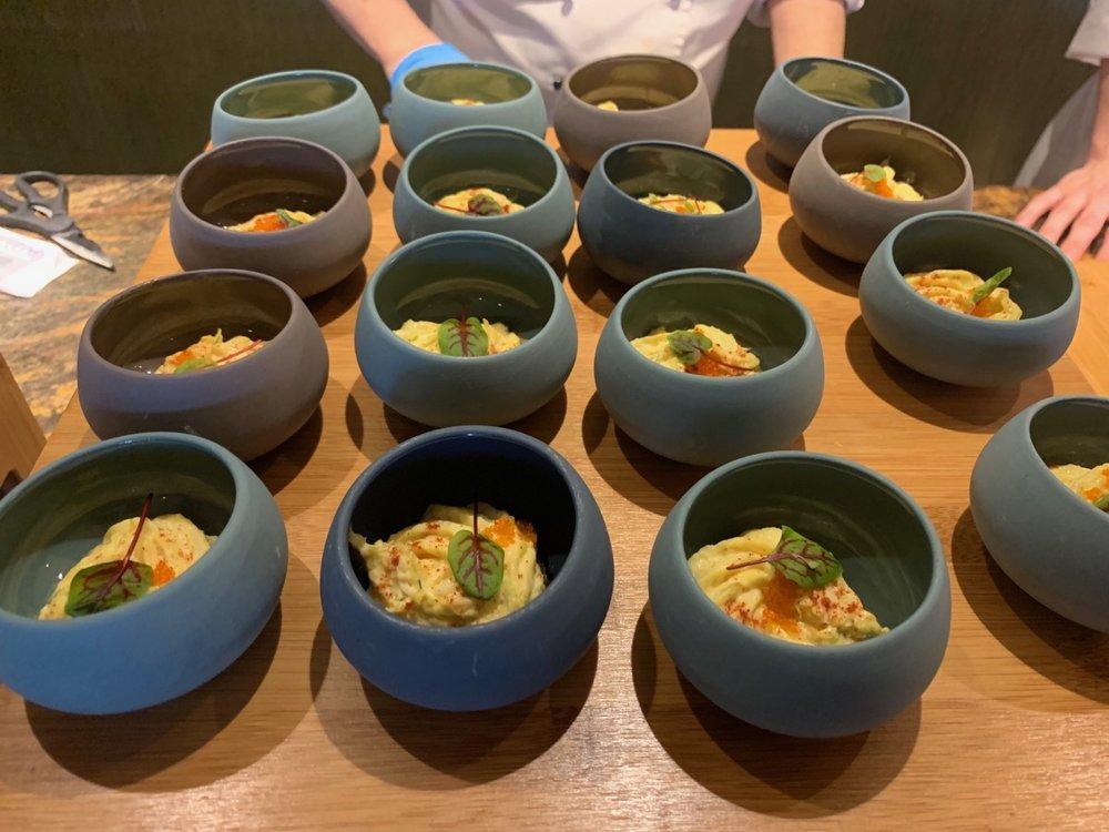 disney polynesian village king kamehameha club level review appetizers 8.jpeg