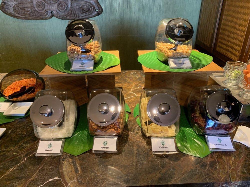 disney polynesian village king kamehameha club level review refreshments 10.jpeg