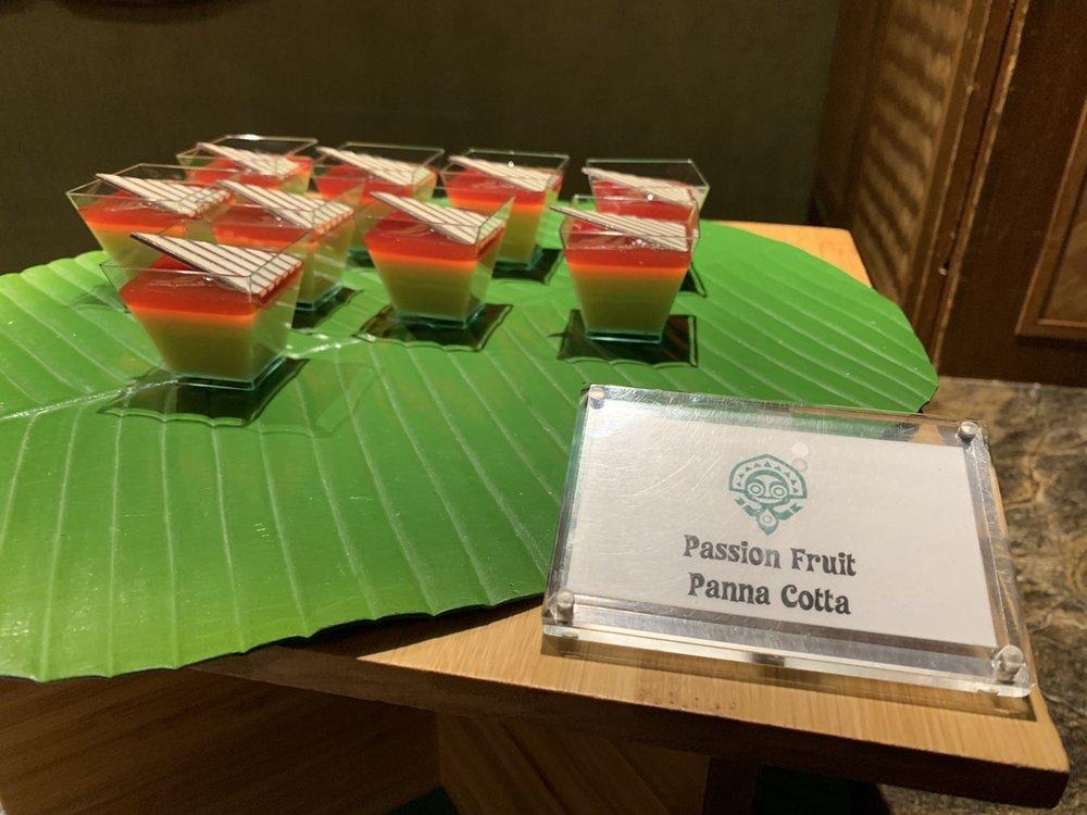 disney polynesian village king kamehameha club level review dessert 3.jpeg
