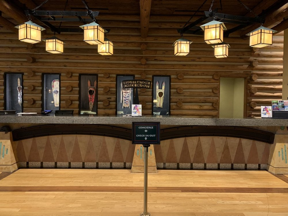 The check-in desk at Wilderness Lodge.