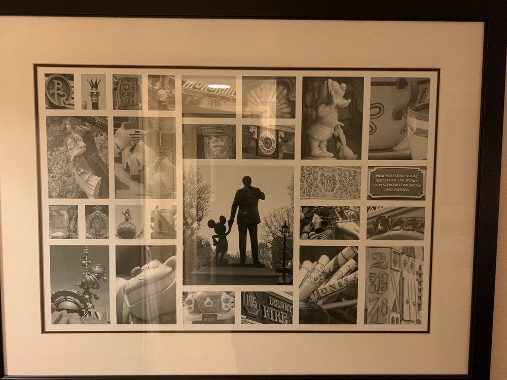 disneyland hotel review room detail 3.jpeg