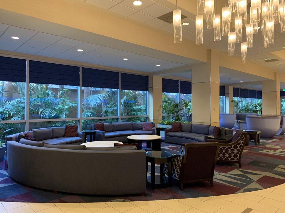 disneyland hotel review lobby 2.jpeg