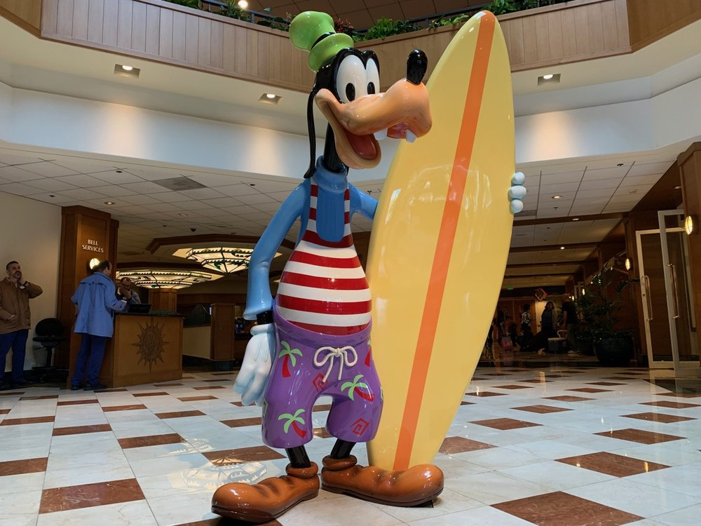 disney paradise pier hotel review goofy.jpeg
