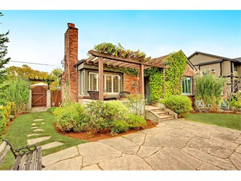 1878 McGilvra Blvd E, Seattle | $730,000 | Listed and Sold