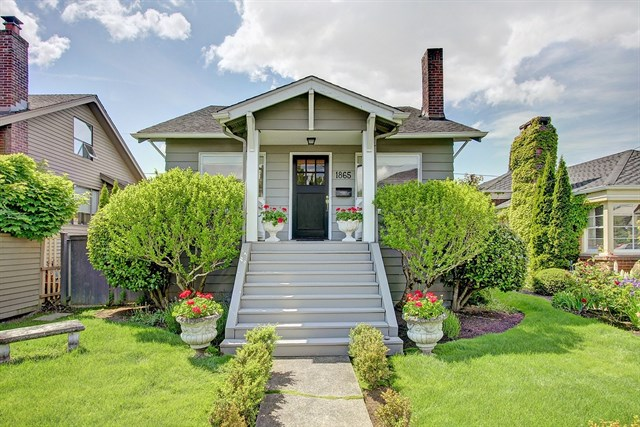 1865 41st Ave E, Seattle | $715,000 | Listed and Sold