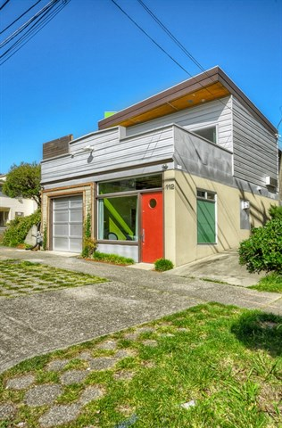 112 18th Ave, Seattle | $565,500 | Listed and Sold