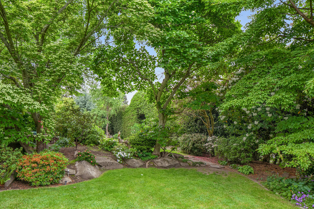 1115 41st Ave E, Seattle | $3,765,000 | Represented the Buyer