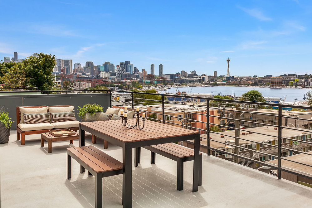 2012 Eastlake Ave E #303, Seattle | $735,000 | Listed and Sold