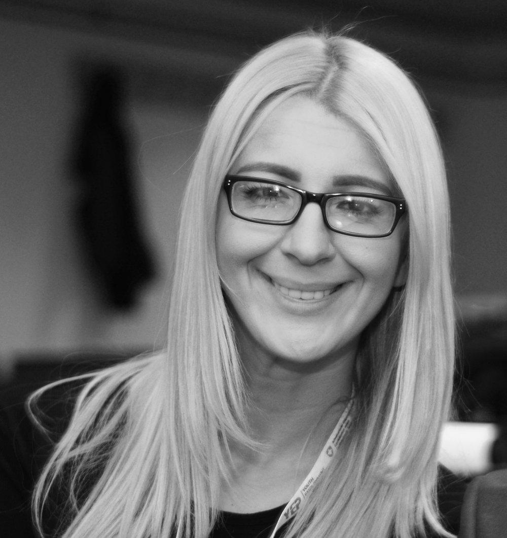 Vedrana Biberovic                 PR & translator linkedin
