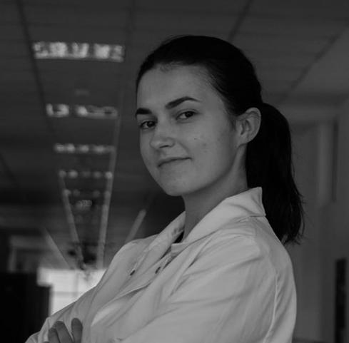 Emina Imamović    Born:  Zenica   Studying:  Internacionalni Burc Univerzitet Sarajevo - Genetika i Bio-Inženjering /   International Burch University - Genetics & Bio-Engineering