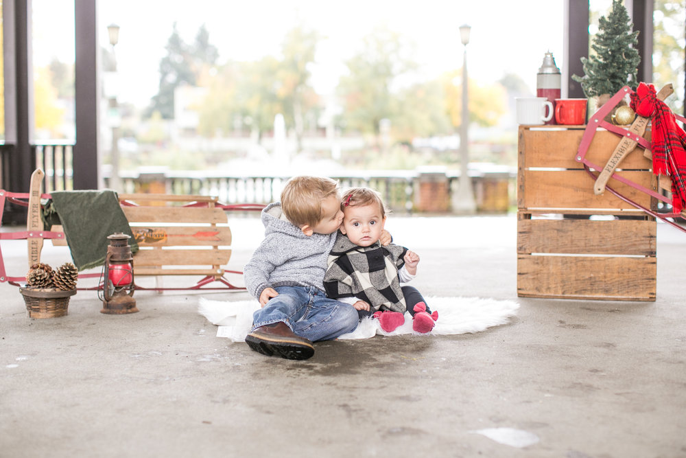 Portland holiday christmas mini sessions 2018