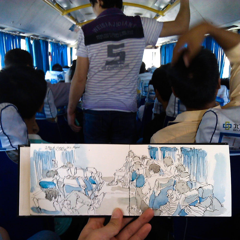 Bus to the great wall