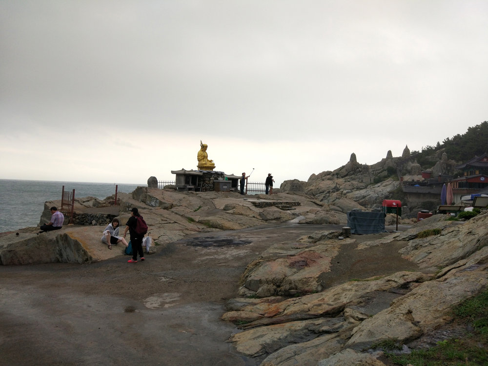 Haedong Yonggunsa is so sublime. I paid my respect to the Buddha here and thank everything for the safe journey. I got lucky and saw the storm from the distance.