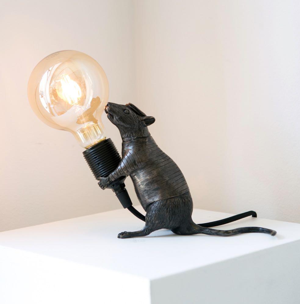 HAMA WOODS | Rat giving light (standing)