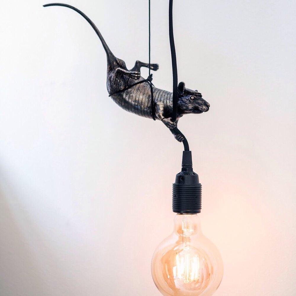 HAMA WOODS | Rat giving light (hanging), 2018