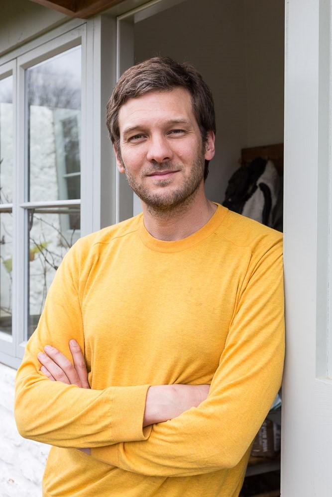 Charlie Luxton