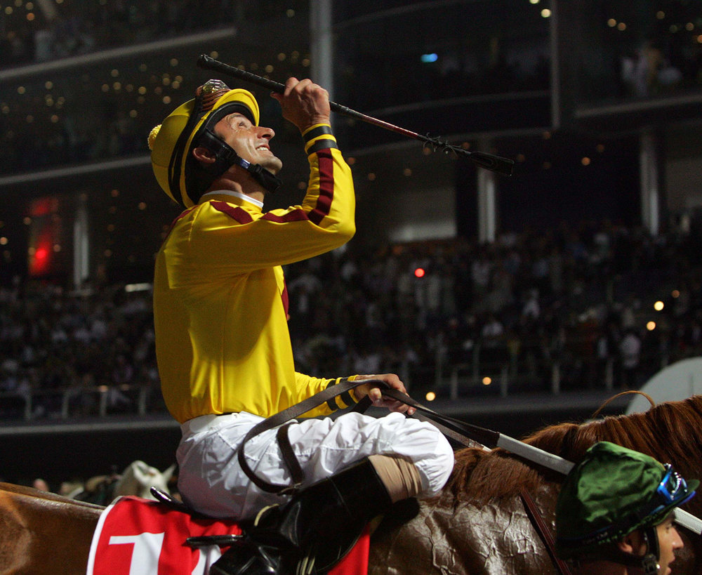 jockey-looking-up.jpg