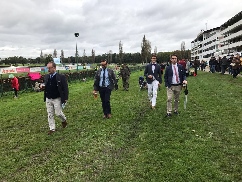Racing Breaks guests leaving the racecourse very satisfied