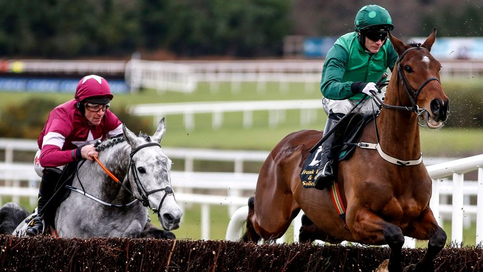 Footpad beating Petit Mouchoir in the Leopardstown Arkle Novices Chase (G1).