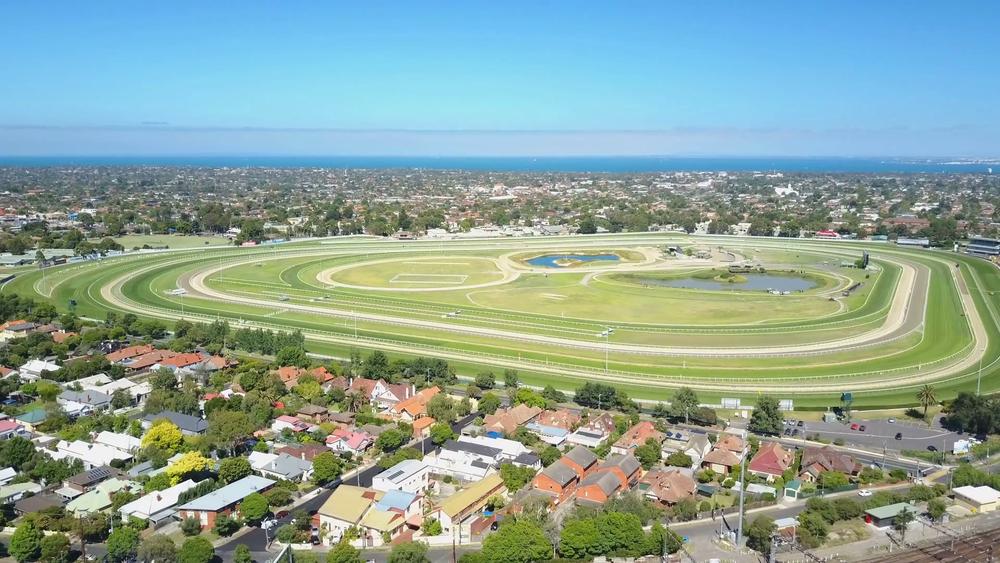 4k-aerial-video-of-caulfield-racecourse-in-melbourne-australia_rga7eksvl_thumbnail-full15.png