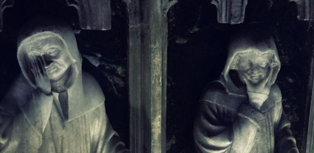 Contemplación, una mirada ante el arte.  Detalle del Mausoleo Real de Carlos III y Leonor de Trastámara , Catedral de Pamplona. ©María Del Rincón