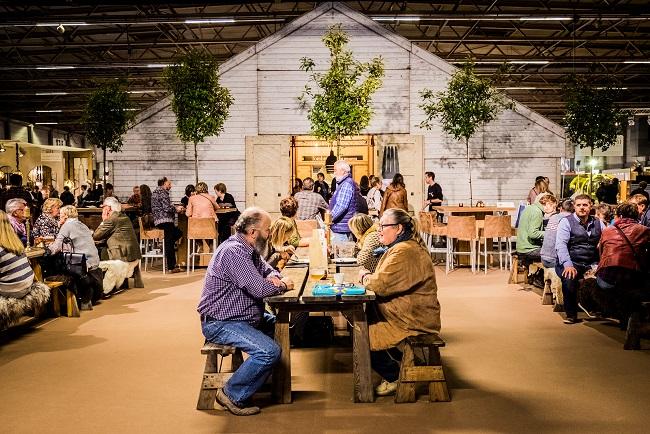 Countryside 2016, Flanders Expo, uitbating van foodcorner,fotograaf: Wouter Van Vaerenbergh
