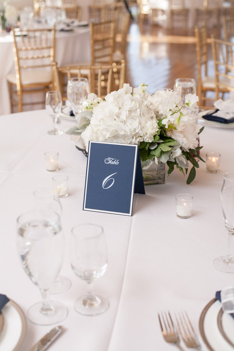 Photo:  Leslie Maron Photography , Planning + Design:  May June Events