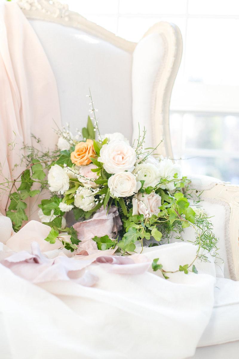 green-and-white-bridal-bouquet-third-clover-paper-succulents-and-saffron-claire-duran-weddings-lauren-werkheiser-photography.jpg