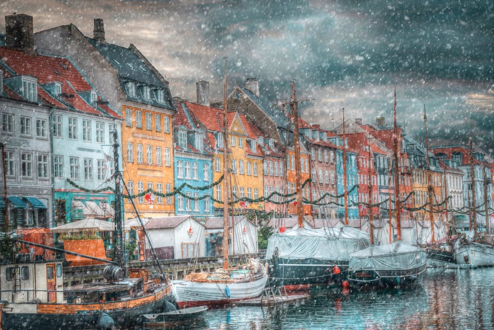 Colorful and wonderful    COPENHAGEN    BOOKING