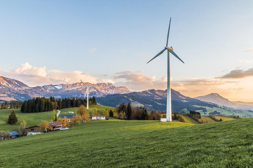 wind-turbine-2218462_960_720.jpg
