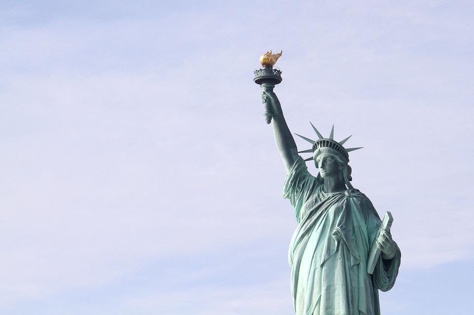 statue-of-liberty-2577933_960_720.jpg